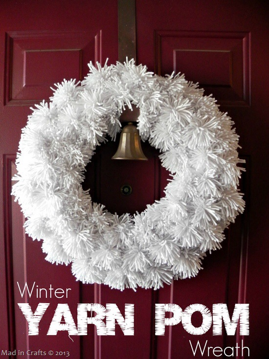 Make a Yarn Pom Pom Wreath