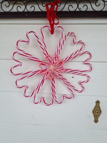 Candy cane heart wreath