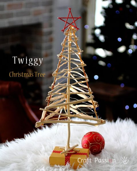 Make a Twig Christmas Tree