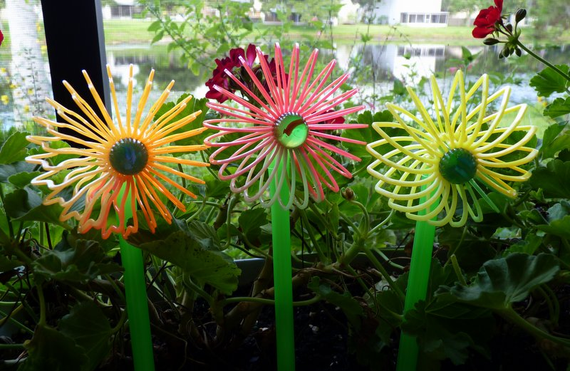 Make Slinky Flower Pot Stakes 187 Dollar Store Crafts
