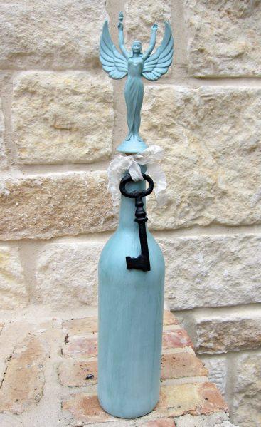 DIY Trophy Bottle Stopper