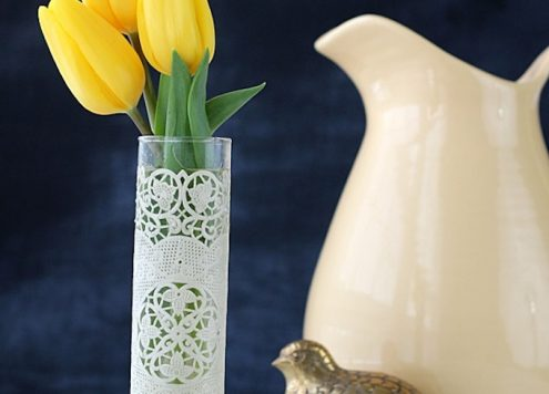 Make a Doily Wrapped Vase