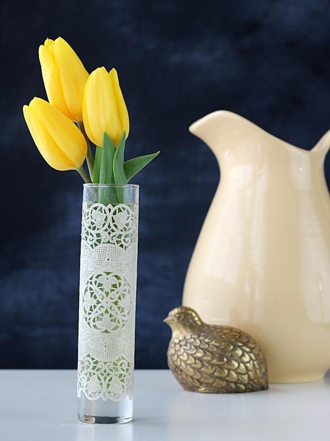 Make a Doily Wrapped Vase