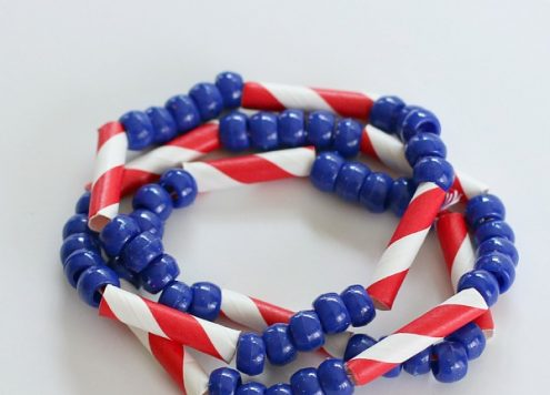 Make Patriotic Straw and Bead Jewelry (vis dollarstorecrafts.com)