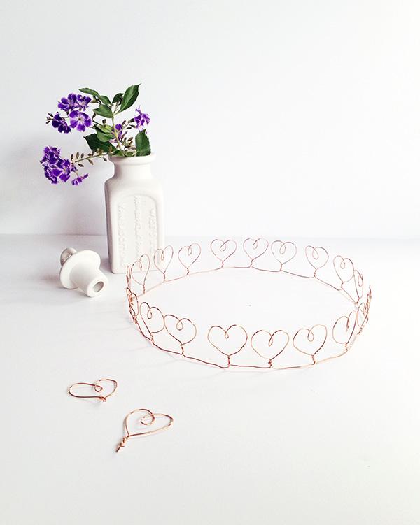 Make a Wire Heart Crown