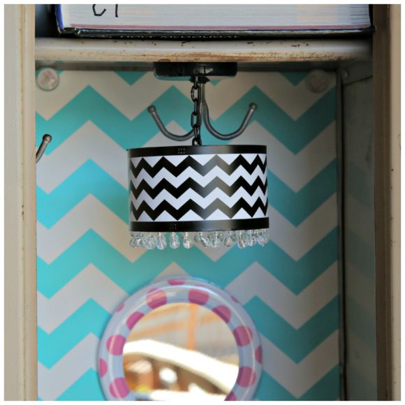 Worlds Cutest Locker with LLZ by LockerLookz Dollar Store Crafts – Magnetic Locker Chandelier