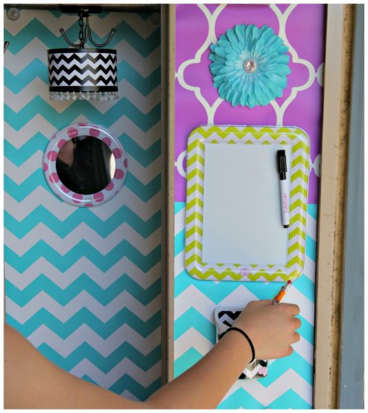 Magnetic mirror, white board, decorations, and pencil holders - so easy to decorate your locker with Lockerlookz