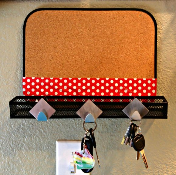 Key holder, Kitchen command station using dollar store stuff and Scotch® Duct Tapes #scotchducttape