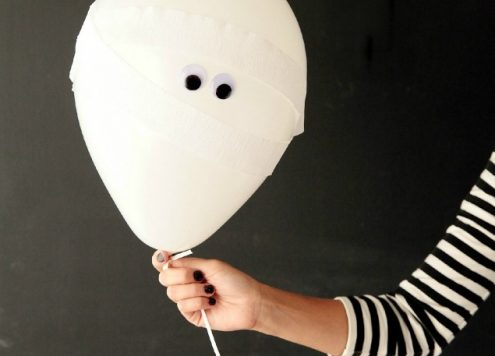 Make Mummy Balloons