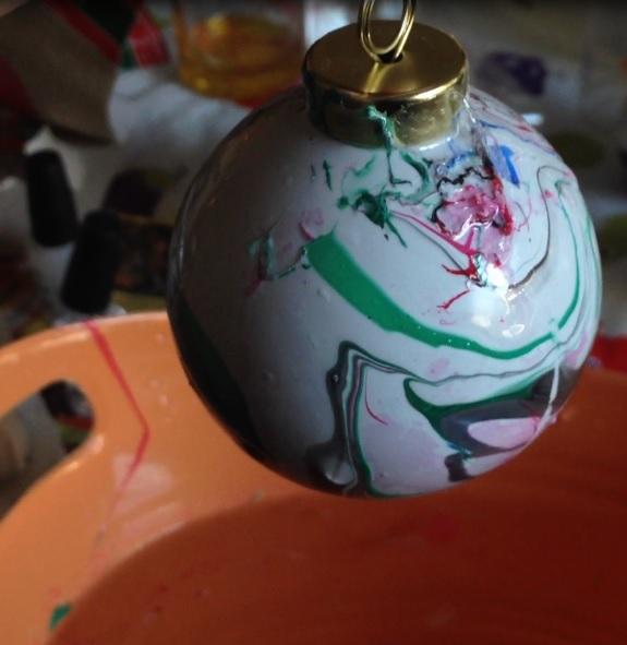 Tutorial: Nail Polish Marbled Ornaments » Dollar Store Crafts