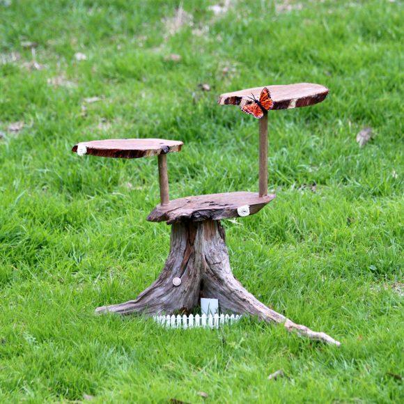 DIY Woodland Cupcake Stand