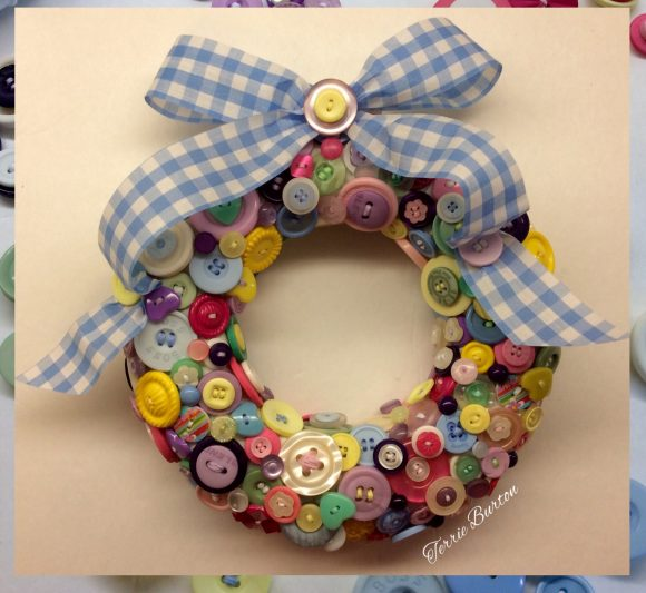 Tutorial: Button Wreath