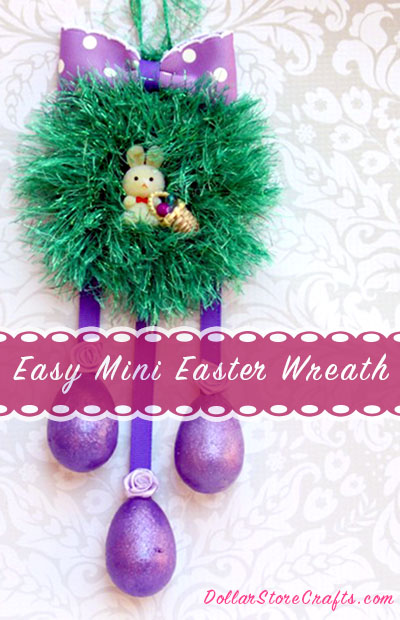 Make This Mini Easter Wreath! This would be cute on a dorm door, in a window, on an office bulletin board, or any other small space that could use some cheer!