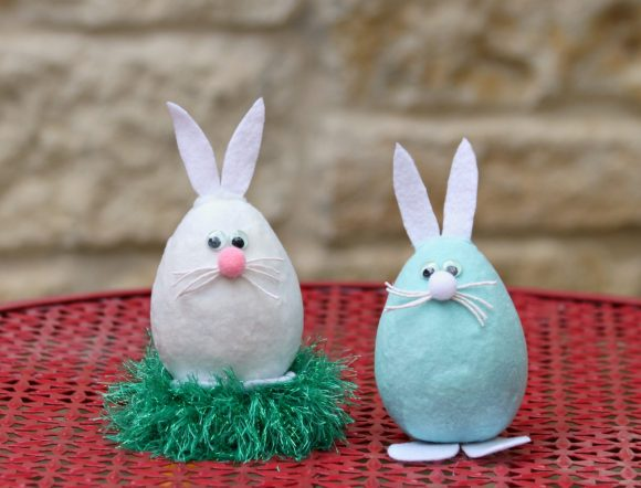 http://dollarstorecrafts.com/wp-content/uploads/2015/03/flocked-bunnies-580x442.jpg