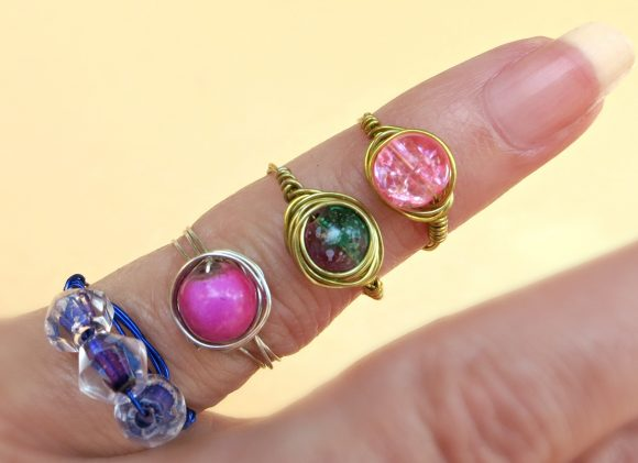 wire wrapped rings DIY