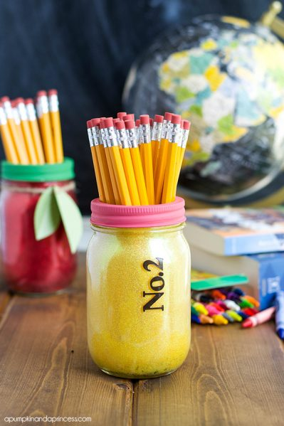 http://dollarstorecrafts.com/wp-content/uploads/2015/08/Pencil-Mason-Jar-Teacher-Gift1-399x599.jpg