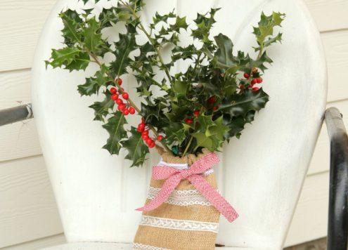 DIY Burlap & Lace Pocket Vase