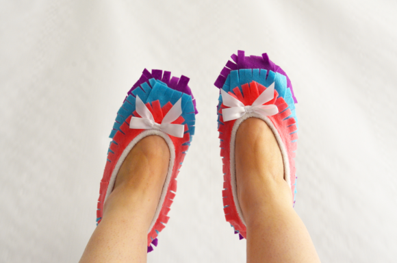 make pinata slippers