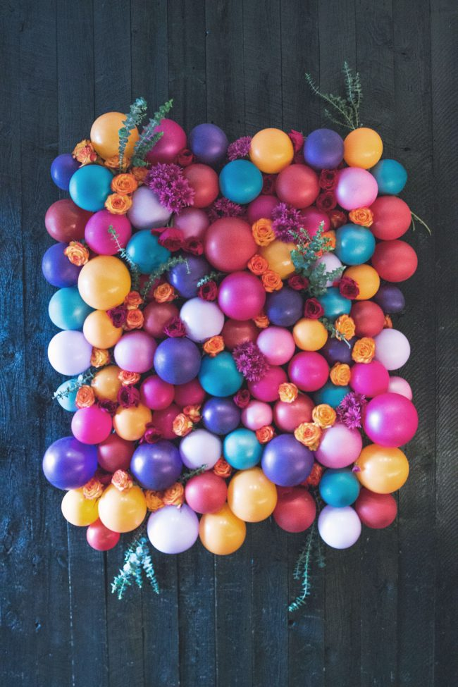 Make A Floral Balloon Photo Backdrop 187 Dollar Store Crafts