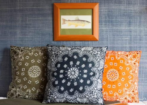 DIY Dollar store bandanna pillows - from HeatheredNest