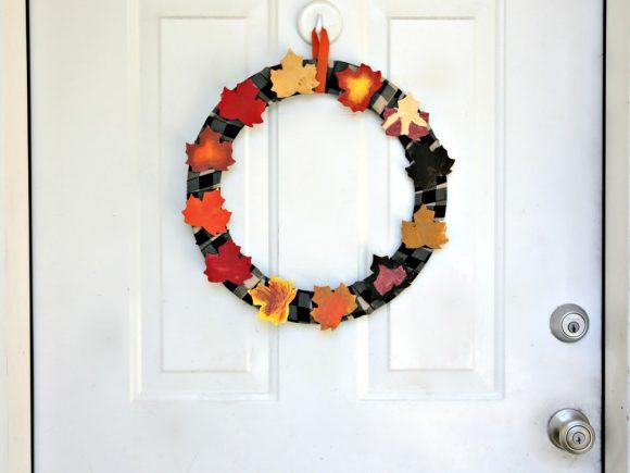 Make a Kid Art Painted Leaf Wreath