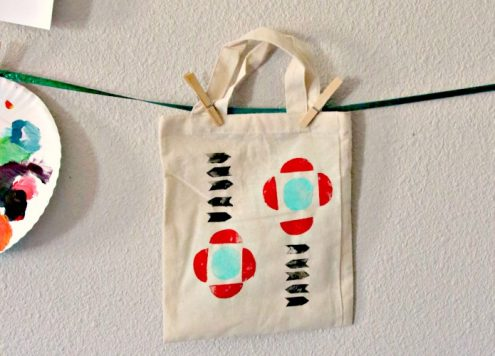 Make a trendy geometric tote bag from potatoes!