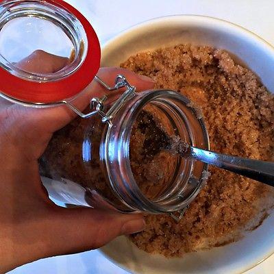 Easy & cheap sugar scrub recipe - Dollar Store Crafts