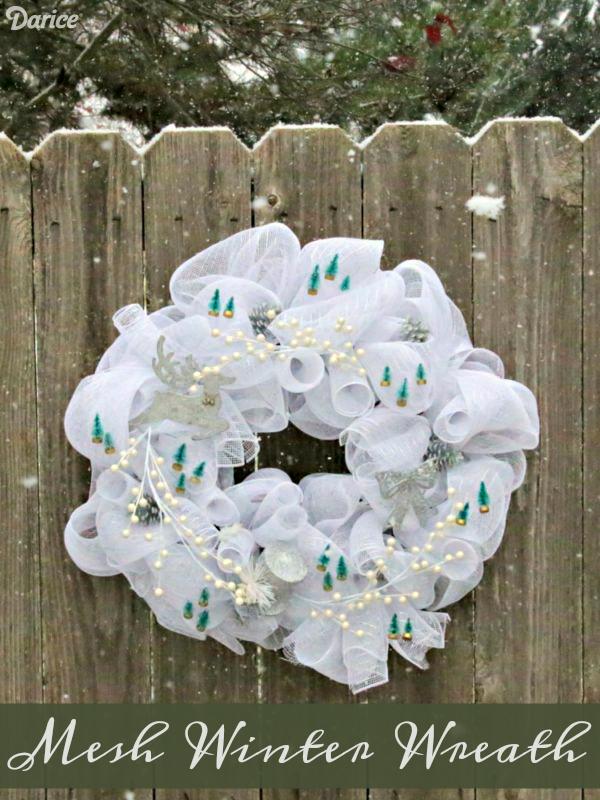 Make A Mesh Winter Wreath 187 Dollar Store Crafts
