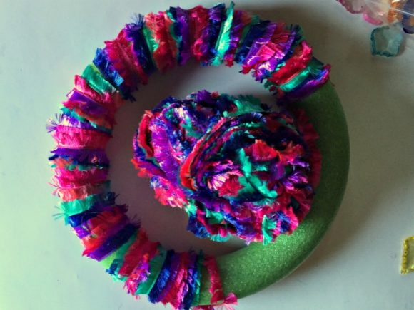 Novelty Yarn & Gemstone Wreath - Dollar Store Crafts
