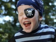 The ultimate guide to creating a last-minute DIY Pirate Costume
