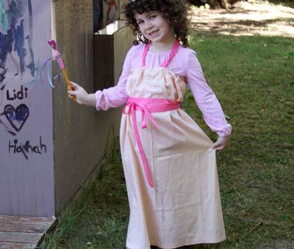 No-Sew Princess Costume by DollarStoreCrafts
