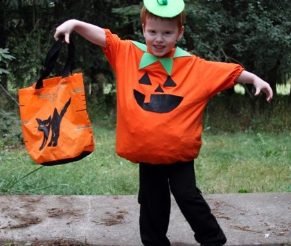 No-Sew Pumpkin Costume