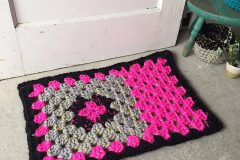 granny square welcome mat